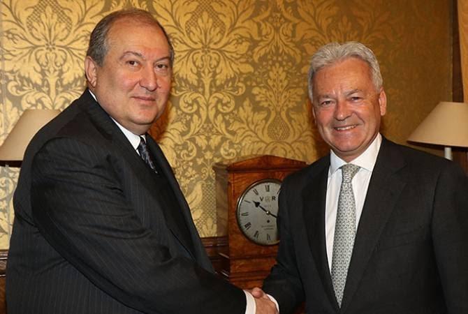 Արմեն Սարգսյանը և Ալեն Դանքնը քննարկել են Հայաստանում ստեղծված ներքաղաքական իրավիճակը