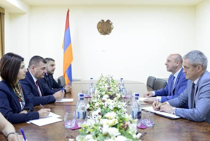 Աշոտ Հակոբյանը բարձր է գնահատել դեսպան Նազարուկի դերը հայ-բելառուսական կապերի ամրապնդման գործում