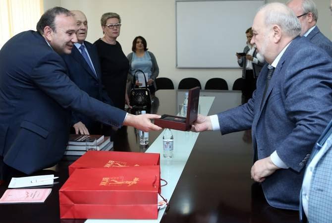 Նախարար Մկրտչյանն ընդունել է Մոսկվայի կինեմատոգրաֆիայի համառուսական պետական ինստիտուտի պատվիրակությանը