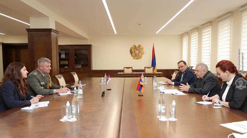 Վաղարշակ Հարությունյանն ընդունել է ՀՀ-ում Սերբիայի գործերի ժամանակավոր հավատարմատարին և ռազմական կցորդին