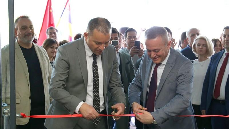 Շինարարության ոլորտի ցուցահանդես Երևանում. բացմանը մասնակցել է Վահան Քերոբյանը (լուսանկարներ)