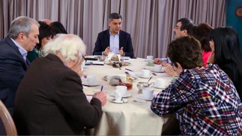 Վանեցյանի մուտքը քաղաքականություն և ուշագրավ բացահայտումներ․ ի՞նչ է խոսել ԱԱԾ նախկին տնօրենը խմբագիրների հետ հանդիպմանը. «Ժողովուրդ»