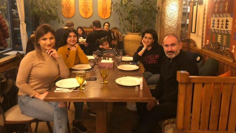 «Մտանք ծաղկաձորյան ռեստորաններից մեկը. սրահը համարյա լեցուն է»․ Նիկոլ Փաշինյան