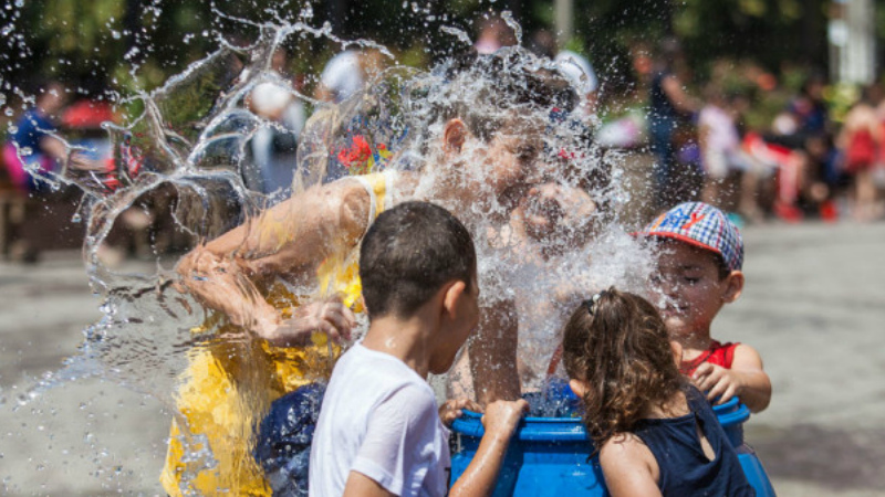 Հայաստանում այսօր նշվում է Վարդավառի տոնը
