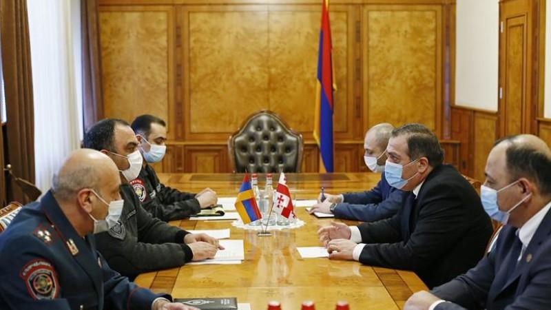 Ոստիկանապետն ընդունել է Հայաստանում Վրաստանի արտակարգ և լիազոր դեսպանին (տեսանյութ)