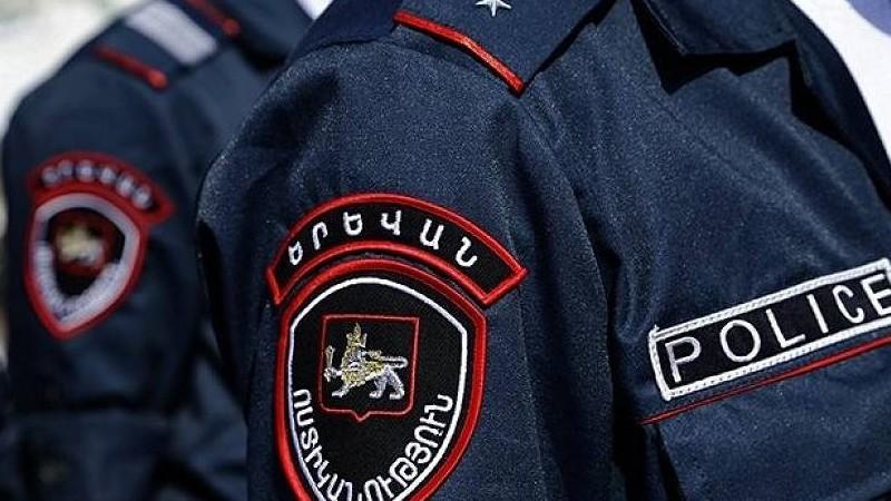 Իսկական տեռորի են անցել. երեք-չորս ոստիկաններով մտնում են գրասենյակներ ու տուգանում. «Իրավունք»