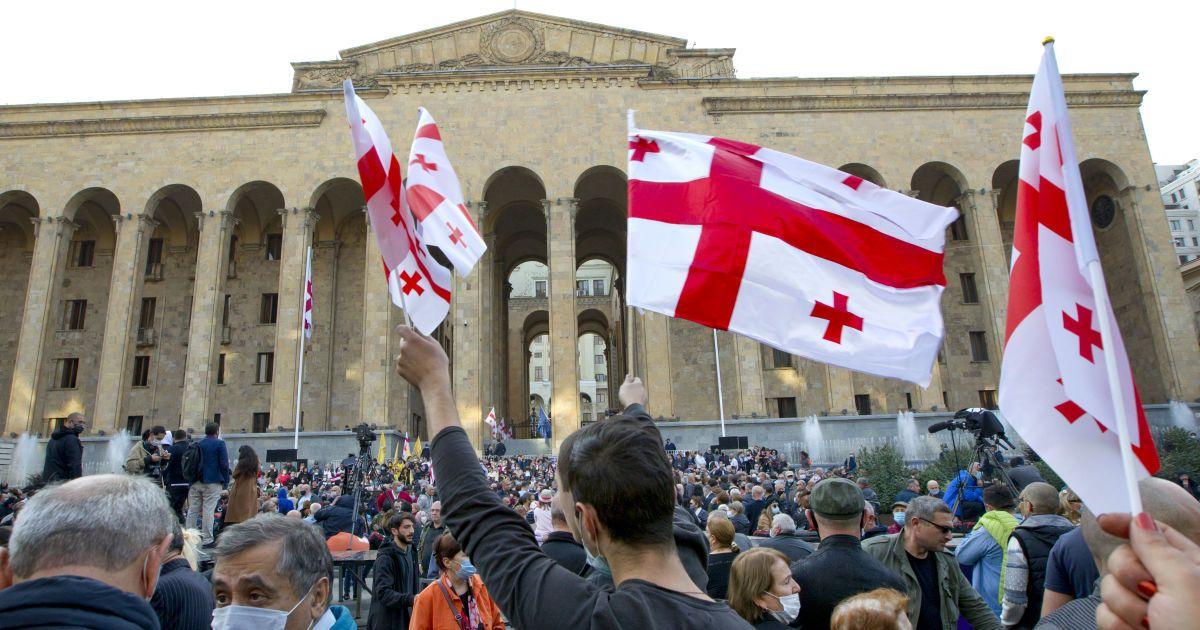 Վրաստանում ընդդիմությունը մինչև 20:00-ն ժամանակ է տվել իշխանությանը. ցույց Թբիլիսիում