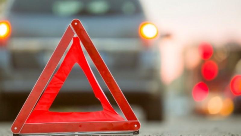 Բաբաջանյան փողոցում 15-ամյա վարորդը Infinity-ով բախվել է կայանված Chevrolet-ին