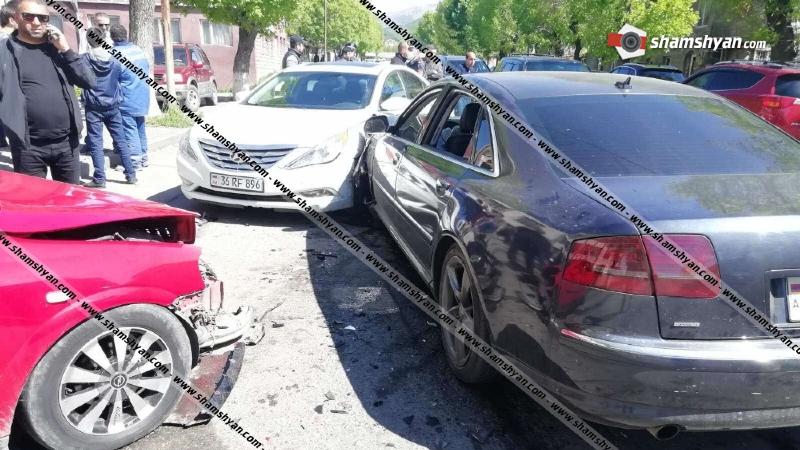 Շղթայական ավտովթար Վանաձորում. բախվել են Audi-ն, Opel Astra-ն և Hyundai Sonata-ն. կան վիրավորներ