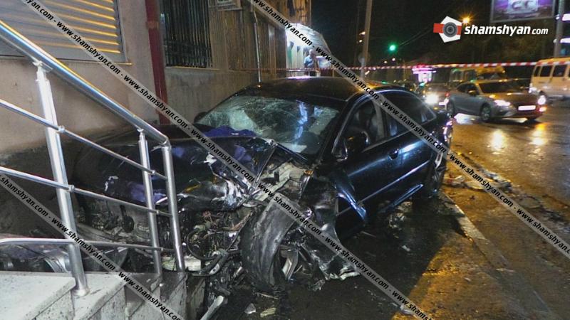 Երևանում ճակատ-ճակատի բախվել են BMW X5-ն ու Audi-ն. կա 7 վիրավոր