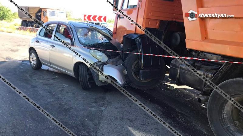 Արագածոտնի մարզում բախվել են Nissan-ն ու քարով բարձված КамАЗ-ը. Nissan-ի վարորդն ու ուղևորը հոսպիտալացվել են