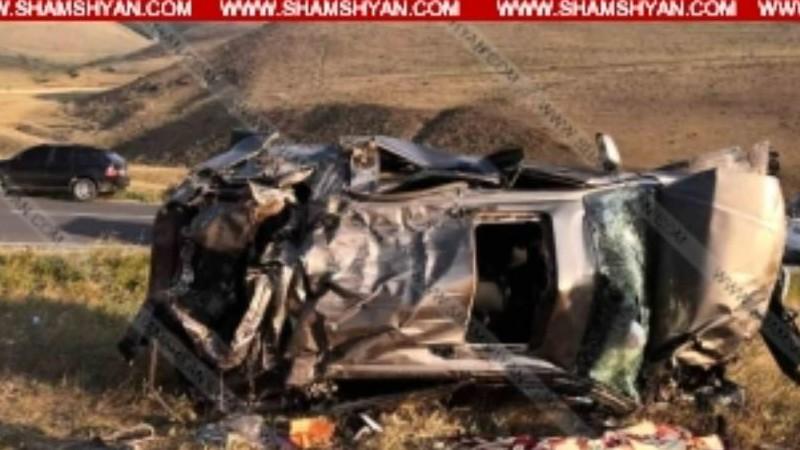 Nissan Pathfinder-ը մոտ 50 մետր գլորվել է ձորը․ կան զոհեր և վիրավորներ