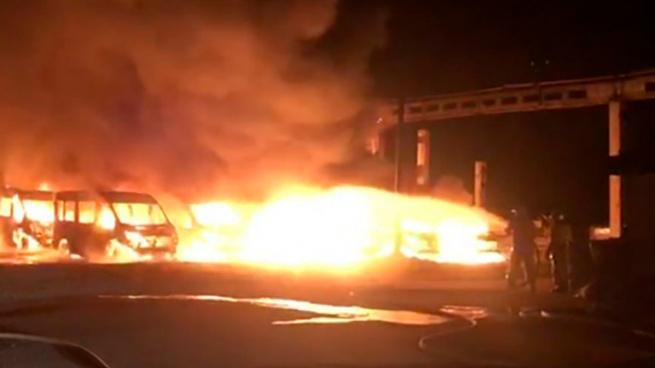 Լենինգրադի շրջանում 12 միկրոավտոբուս է այրվել