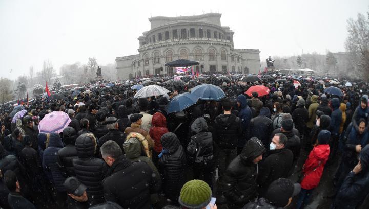 Հայաստանյան ներքաղաքական փակուղին. Ինչ տվեց փետրվարի 20-ի հանրահավաքը. «Փաստ»