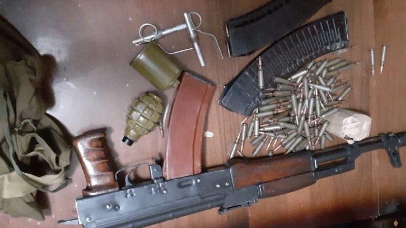 Արցախից բերված «Կալաշնիկով», «ՏՕԶ» , նռնակներ, պահունակներն և փամփուշնտեր են հանձնվել (տեսանյութ)