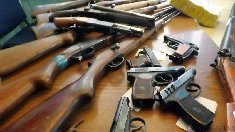 Ոստիկանները 35-ամյա քաղաքացու տանը ապօրինի զենք-զինամթերք են հայտնաբերել․ հարուցվել է քրեական գործ