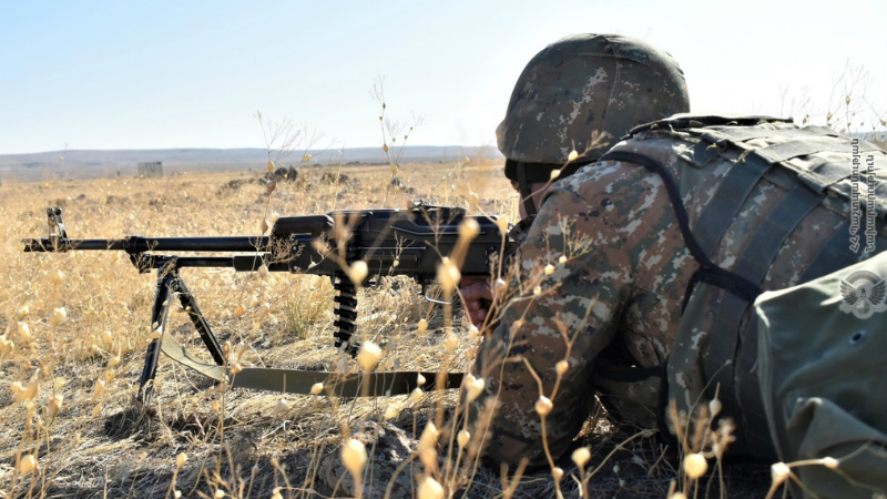 5-րդ զորամիավորման զորամասերից մեկում անցկացվել է մարտական հրաձությամբ մարտավարական զորավարժություն (լուսանկարներ)