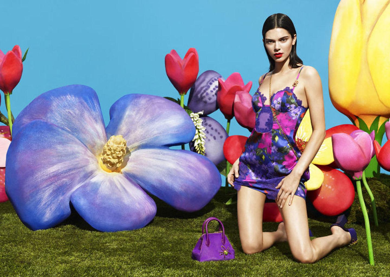 Kendall-Jenner-In-Lingerie-For-La-Perla-1440x1020.jpg