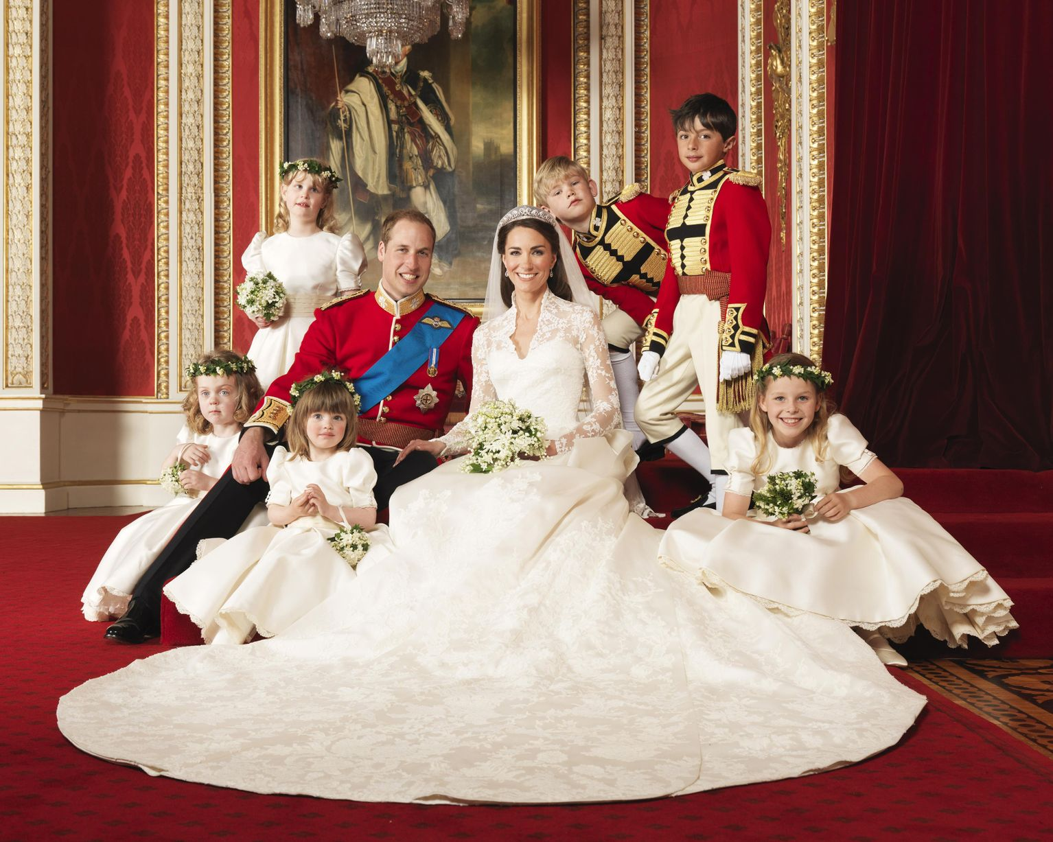 Official-Wedding-Photographs-Prince-William-and-Kate-MIddleton-in-the-throne-room-at-Buckingham-Pa.jpg
