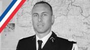 Ֆրանսիայում մահացել է ոստիկանը, ով զինված միջադեպի ժամանակ առաջարկել էր իրեն փոխանակել պատ...