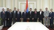 Ալեն Սիմոնյանն ընդունել է ռուս պաշտոնյաների պատվիրակությանը
