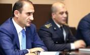 Председатель КГД Вардан Арутюнян пользуется исключительно «бизнес-классом». «Айкакан Жаман...