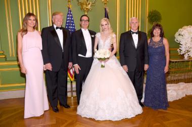 Дональд и Мелания Трамп побывали на свадьбе министра финансов США Стив...