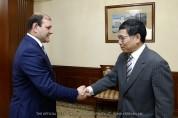 Мэр Тарон Маргарян встретился с чрезвычайным и полномочным послом Китайской Народной Респу...