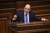 Էդմոն Մարուքյանի կարծիքով Արփինե Հովհաննիսյանը պետք է գար և մեկնաբաներ իր ասածը