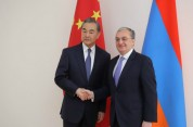 Զոհրաբ Մնացականյանը հանդիպել է չինացի գործընկերոջ հետ