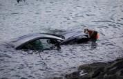 Չարենցավանում մեքենան ընկել է ջրանցքը