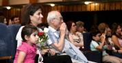 Աննա Հակոբյանը տիկնիկային թատրոնում ներկա է գտնվել բարեգործական ներկայացմանը