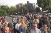 Ռոբերտ Քոչարյանին կալանքից ազատելու որոշման դեմ բողոքող քաղաքացիներն ակցիա են իրականացնում...