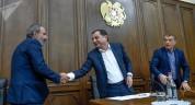 Նիկոլ Փաշինյանը ստիպված է դիմելու ՀՀԿ-ի օգնությանը․ «Ժողովուրդ»
