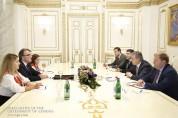 Վարչապետն ու Հայաստանում Շվեյցարիայի դեսպանը քննարկել են երկկողմ տնտեսական համագործակցությ...