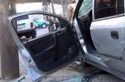 Երևանում մեքենայի բախման հետևանքով ծառը շրջվել է մայթեզրին. կան տուժածներ