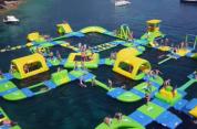 Գերմանացիները ջրի վրա լողացող հսկայական խաղահրապարակ են կառուցել (տեսանյութ)