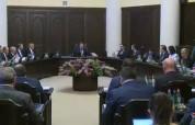 Մեկնարկել է ՀՀ կառավարության հերթական նիստը. oրակարգում է Սուրեն Թովմասյանին Կադաստրի կոմի...