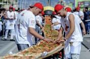 Գրեթե 2 կմ երկարություն ունեցող պիցցան գրանցվել է Գինեսի ռեկորդների գրքում (լուսանկարներ)