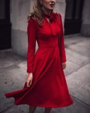 15 платьев в самом модном цвете сезона