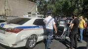 Վազգեն Սարգսյան փողոցից ոստիկանները քիչ առաջ կասկածելի վարքագծով անձի տեղափոխեցին բաժին․ a...
