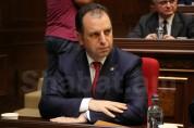 Виген Саргсян представил поправки в закон. С каждого работающего ежемесячно в фонд будет отчисляться 1 тыс. драмов