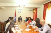 Արցախի պետնախարար Մարտիրոսյանն ընդունել է «Առաջնորդության դպրոց» հիմնադրամի պատվիրակության...