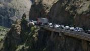 Վերին Լարսում շարունակվում են բեռնատար ավտոմեքենաների համար սահմանափակումները