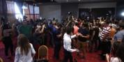 Բողոքի ակցիայի մասնակիցները ներխուժեցին սրահ, որտեղ  կկայանա Ռոբերտ Քոչարյանի ասուլիսը