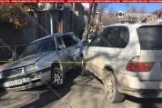 Գորիսում բախվել են BMW X5-ն ու Volkswagen-ը. կան տուժածներ