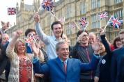 ԵՄ-ի քաղաքացիները կկարողանան Բրիտանիայում մնալ՝ պատասխանելով «երեք պարզ հարցի»