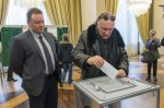 Դեպարդիեն Փարիզում մասնակցել է ՌԴ նախագահական ընտրությունների քվեարկությանը