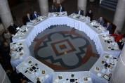 Արայիկ Հարությունյանը մասնակցել է բուհերի խորհուրդների նախագահների հետ թեյախմությանը