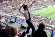Ֆրանսիայի ֆուտբոլի ազգային հավաքականի հաղթանակը չի օգնել Էմանուել Մակրոնի վարկանիշին